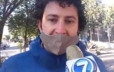 Salta – En Gral. Güemes el senador provincial Carlos Rosso visitó la carpa de protesta que montaron los trabajadores del Hospital Joaquín Castellanos